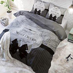 """Moderne """"Schöne Träume"""" Bettwäsche von Sleeptime"""