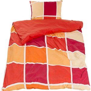 Hübsche Bettwäsche aus Fleece - rot 140x200 von WOMETO