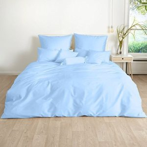 Kuschelige Bettwäsche aus Satin - blau 135x200 von Traumschlaf