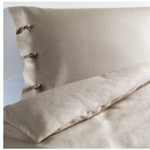 Schöne Bettwäsche aus Leinen - 220x240 von Ikea