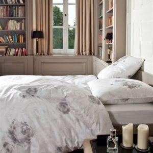 Traumhafte Bettwäsche aus Satin - weiß 135x200 von Janine Design