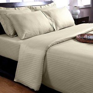 Hübsche Bettwäsche aus Damast - grün 135x200 von Homescapes