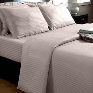 Traumhafte Bettwäsche aus Damast - rosa 135x200 von Homescapes