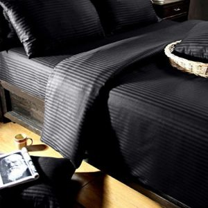 Traumhafte Bettwäsche aus Damast - schwarz 155x220 von Homescapes