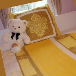 Traumhafte Bettwäsche aus Fleece - gelb 135x200 von Dekolook