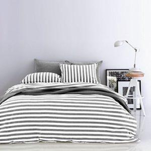 Hübsche Bettwäsche aus Jersey - grau 155x220