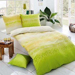Kuschelige Bettwäsche aus Satin - grün 135x200 von Kaeppel