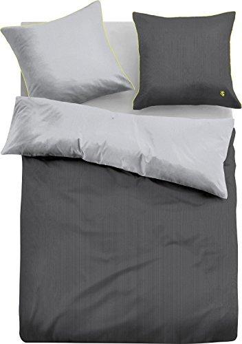 traumhafte bettw sche aus satin gr n 155x200 von tom. Black Bedroom Furniture Sets. Home Design Ideas