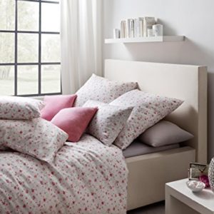 Kuschelige Bettwäsche aus Satin - rot 135x200 von Estella