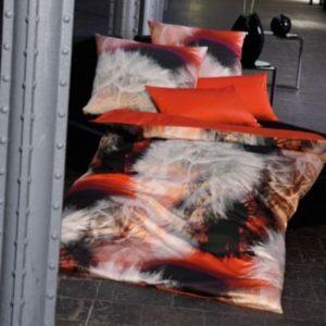 Schöne Bettwäsche aus Satin - rot 155x220 von Estella