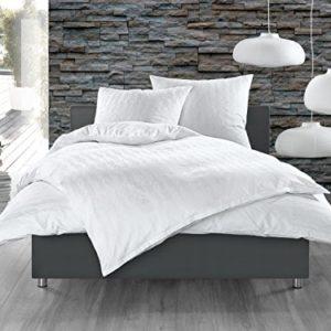 Hübsche Bettwäsche aus Damast - weiß 135x200 von Bettwaesche-mit-Stil