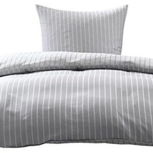 Kuschelige Bettwäsche aus Damast - grau 155x200 von Bettwaesche-mit-Stil