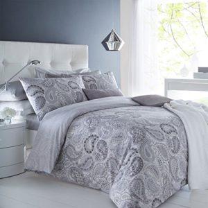 Hübsche Bettwäsche aus Polyester - grau 200x200 von IK Trading