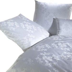 Kuschelige Bettwäsche aus Damast - weiß 155x220 von Curt Bauer