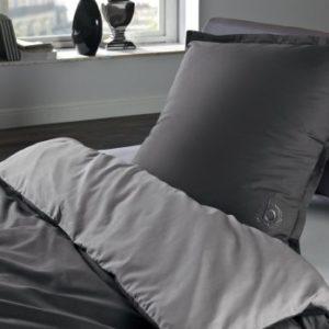 Hübsche Bettwäsche aus Perkal - grau 135x200 von Bugatti