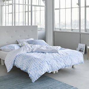 Hübsche Bettwäsche - blau 155x220 von ESPRIT